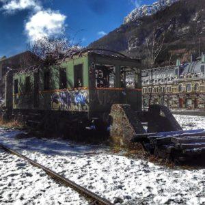 Estación Internacional de Canfranc, es una antigua estación de ferrocarril internacional en el pueblo de Canfranc en los Pirineos españoles  #ferrocarril #estacio?ndecanfranc #pirineos #pyrenees #mirAragon  Foto gracias a @lopezjoakin