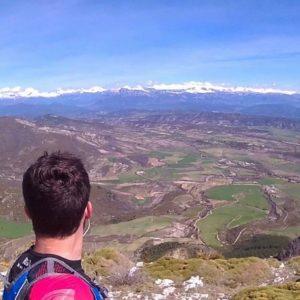 Que tiemble la duda que te asalta.  #sierradeguara  #MirAragon #pirineos #casabiescas #pyrenees #viajes #descubrir #desconectar #spain  Foto gracias a @rubenrod_88