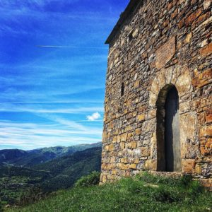 #Ermita de Santa Maria #Serrato de #Morillo #Broto #MiAragon #CasaBiescas Foto gracias a @pucholaragones #repost
