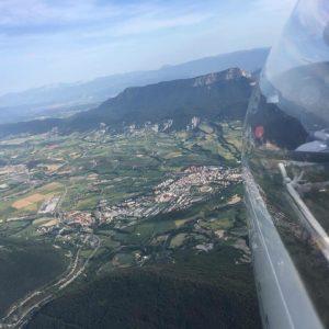 #Jaca vistas de pájaro #vuelo #volar #pirineos #casabiescas #MiAragon  Foto gracias a @luisvi71 #repost