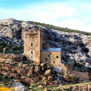 Maestrazgo, Aragon  #teruel  #aragon #maestrazgo #pueblo  #piedra #españa #medieval #stone #total_medieval #miraragon  Foto gracias a @bichob #repost