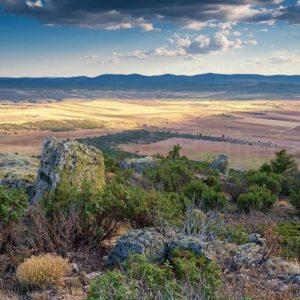 La sierra de Albarracin desde el Puntal de San Ginés - - - ?? Gracias @luis_antonio_gil_pellin  por tu preciosa foto y #repost , os invitamos a visitar su galería. . . · - - ?? Síguenos y etiqueta tus fotos con el hashtag . . . ·@miraragon - - ?? Recogida de la uva.  #rinconesdelpirineo  #instaordesa  #pirineos #valledetena  #pyrenees  #lovemountains #pirineoaragones  #naturaleza  #nature  #casabiescas #igersordesa  #miraragon  #igersformigal  #igersvalledetena  #igersguara #desconectar #aragon  #Teruel #paisaje #landscape #viajar #vistas #paisajes #turismo #turismoactivo