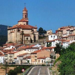 Orihuela del Tremedal, Teruel, Aragón ? ? ? ??  Gracias @bichob por tu preciosa foto y por etiquetarnos os invitamos a visitar su galería. ? ? ? ??  Síguenos y etiqueta tus fotos con el hashtag @MirAragon . . . · ? ? ? ??  Orihuela del Tremedal (Teruel) ? ? ? #orihueladeltremedal #sierradealbarracin #albarracin #comarcasierradealbarracin #lovemountains #pueblo #casabiescas #montañas #naturaleza  #nature  #town #rural #architecture #arquitectura #miraragon  #huesca #teruel #zaragoza #aragon #españa #tesorosdearagon  #sitiosdearagon #sitiosconencanto #paisajesdearagon #viajar  #alojamientosalcañiz