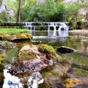 Nacimiento Del Río Pitarque. ? ? ? ?? Gracias @behindtheroll as por tu preciosa foto y por la mención os invitamos a visitar su galería. ? ? ? ?? Síguenos y etiqueta tus fotos con el hashtag @MirAragon . . . · ? ? ? ?? Pitsrque, (Teruel) ? ? ? #rinconesdelpirineo  #instaordesa  #valledetena  #pyrenees  #lovemountains #pirineos  #pirineoaragones  #casabiescas #montañas #naturaleza  #nature  #igersordesa  #miraragon  #igersguara  #igersformigal  #igersvalledetena  #loves_aragon