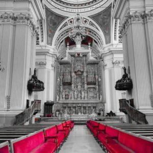 Retablo del altar mayordel Pilar,de estilo gótico final fue realizado porDamian Forment y está dedicado a la Asunción de la Virgen. -- ???? ? ? ? ? ?? Gracias @ragicur por tu preciosa foto y por etiquetarnos os invitamos a visitar su galería. . ? ? ? ?? Síguenos y etiqueta tus fotos con el hashtag @MirAragon . . . · . ? ? ? ?? Basílica el Pilar, (Zaragoza) ? ? ? #pirineos  #casabiescas #montañas #naturaleza  #miraragon  #paisaje  #amantesdelanaturaleza  #travel  #viajar  #aventuras  #cielo  #alairelibre  #deviaje  #arquitectura #naturephotography  #naturaleza_spain  #outdoorphotography #Zaragoza  #bnwphoto  #altarmayordelpilar  #zaragozaturismo #spain  #loves_aragon  #photooftheday #ig_spain_ #loves_spain  #estaes_aragon #zaragozemos  #guiadezaragoza  #total_aragon