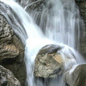 Añisclo, Pirineos (Huesca) ? ? ? ?? Gracias @juanluisolaeta por tus preciosas fotos y por etiquetarnos. Os invitamos a visitar su galería. ? ? ? ?? Síguenos y etiqueta tus fotos con el hashtag @MirAragon . . . · ? ? ? ??Pirineos, (Huesca) ? ? ? #Huesca  #Pirineos  #añisclo #rinconesdelpirineo  #instaordesa  #valledetena  #pyrenees  #mountains #pirineoaragones  #casabiescas #montañas #naturaleza  #nature  #igersordesa  #miraragon  #igersformigal  #igersvalledetena  #paisaje #amantesdelanaturaleza #travel #viajar #hiking #waterfall #Aragón #España #snow #nieve #winter #cascada  #h????uescapirineos