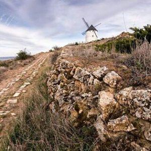 Molino de Ojos Negros ? ? ? ? ?? Gracias @miguelhinojosa por tu preciosa foto y por este #repost. Os invitamos a visitar su galería. ? ? ? ?? Síguenos y etiqueta tus fotos con el hashtag @MirAragon . . . · ? ? ? ?? Ojos Negros (Teruel) ? ? ? #ojosnegros #teruel #torico #Aragón #aragon  #architecture #casabiescas #montañas #naturaleza  #nature  #miraragon  #autumn  #arquitectura #medieval #medievalarchitecture #visitspain #Europa #paisajesdearagon #hiking #windmill #molino  #tourism #travel #viaje #view #España #spain #turismo #adventure