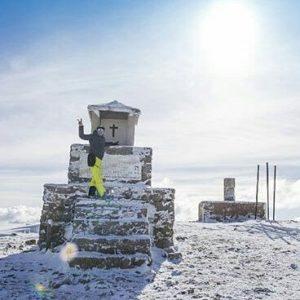 Pico Javalambre, a 2.020 metros de altitud. ?? ? ? ?? Gracias @richard_quiros_rq por tu preciosa foto y por este #repost. Os invitamos a visitar su galería. ? ? ? ?? Síguenos y etiqueta tus fotos con el hashtag @MirAragon . . . · ? ? ? ?? Sierra de Javalambre (Teruel) ? ? ? #javalambre  #teruel #Aragón #aragon  #Sierra #sky #sierradegudar #otoño #esqui  #snow #nieve #casabiescas #montañas #naturaleza  #nature  #miraragon  #autumn #paisajesdearagon #hiking #tourism #travel #viaje  #vistas #landscape #España #spain #trekking #senderismo #tourism