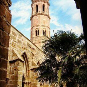 El Monasterio de Rueda, emblema de la Ribera Baja del Ebro, vuelve a abrir sus puertas al público. ? ? ? ? ?? Gracias @carlosgpo por su preciosa foto y por este #repost . Os invitamos a visitar su galería. ? ? ? ?? Síguenos y etiqueta tus fotos con el hashtag @MirAragon . . . · ? ? ? ?? Sástago (Zaragoza) ? ? #sastago #aragon  #Zaragoza  #aragon  #Aragón  #España  #casabiescas #miraragon  #architecture  #streetphotography  #viaje #travel #trip #street #calle  #history  #arquitectura #tesorosdearagon #visitspain #wanderlust #photography #medieval #instagood  #mudejar  #tourism #turismo #town #spain #capture