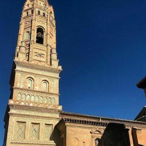 Otra muestra del precioso arte mudéjar Patrimonio de la Humanidad de Aragón. ? ? ? ? ?? Gracias @belinda_nadal por su preciosa foto y por este #repost . Os invitamos a visitar su galería. ? ? ? ?? Síguenos y etiqueta tus fotos con el hashtag @MirAragon . . . · ? ? ? ?? Utebo (Zaragoza) ? ? #utebo #aragon  #Zaragoza  #aragon  #Aragón  #España  #casabiescas #miraragon  #architecture  #streetphotography  #viaje #travel #trip #street #calle  #history  #arquitectura #tesorosdearagon #visitspain #wanderlust #photography #medieval #instagood  #mudejar  #tourism #turismo #town #spain #capture