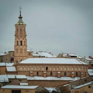Iglesia de San Martín del Río. ? ? ?? Gracias @alberto_x_el_valle_del_jiloca por tus preciosas fotos y por este #repost. Os invitamos a visitar su galería. ? ? ? ?? Síguenos y etiqueta tus fotos con el hashtag @MirAragon . . . · ? ? ? ?? San Martín del Río (Teruel) ? ? ? #miraragon #sanmartindelrio #Teruel  #Aragón  #jiloca #casabiescas #montañas #naturaleza  #pueblo  #nature  #arquitecturamedieval  #tourism  #town #rural  #medieval  #snow  #trekking #travel #viajar #hiking #architecture #landscape #trip #adventure #España  #winter #Spain #wanderlust #capture