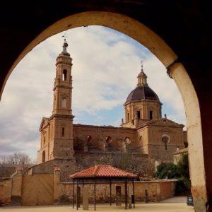 Monasterio de Santafe. ? ? ?? Gracias @rucapina  por tus preciosas fotos y por etiquetarnos . ??Os invitamos a visitar su galería. ? ? ?? Síguenos y etiqueta tus fotos con el hashtag @MirAragon . . . · ? ? ??Aragón (Spain) ? ? #MirAragon  #montañas #naturaleza  #paisaje  #amantesdelanaturaleza  #travel  #viajar  #casabiescas #aventuras  #alairelibre  #deviaje  #aragon  #spain  #nature  #spain  #nature  #love  #rinconesdelpirineo  #photographer  #naturaleza_spain  #outdoors  #adventure  #explorer  #winter  #zaragoza  #monasteriodesantafe  #abbandonedplace  #geocaching  #geocachingspain  #asi_es_aragon  #visitzaragoza  #visitspain