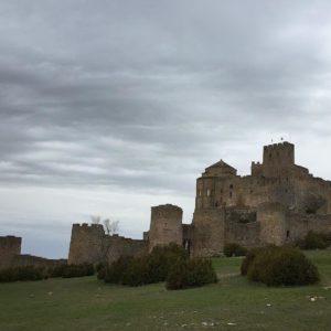 Lugares que desprenden pura magia ? ? ? ?? Gracias @djinfiernos2 por su preciosa foto y por etiquetarnos. Os invitamos a visitar su galería. ? ? ? ?? Síguenos y etiqueta tus fotos con el hashtag @MirAragon . . . · ? ? ? ?? Historia, Aragon ? ? ? #aragon  #miraragon  #Aragón  #España  #casabiescas #architecture  #viaje  #travel  #castillo #arquitectura  #tesorosdearagon #visitspain  #wanderlust #photography  #naturaleza  #instagood  #nature  #streetphotography  #tourism  #turismo  #photo  #spain  #teruel  #visitamontanuy  #huesca  #zaragoza  #descubrir  #photooftheday  #naturaleza_aragon