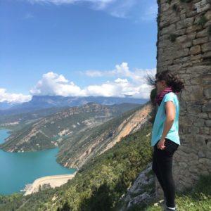 Castillo de Samitier #sobrarbe Aragon #pantanodemediano ???????? ? ? ? ?? Gracias @laure_laurinha por su preciosa foto y por #repost . Os invitamos a visitar su galería. ? ? ? ?? Síguenos y etiqueta tus fotos con el hashtag @MirAragon . . . · ? ? ? ?? Aragon, Spain ? ? ? #Aragon  #MirAragon  #Aragón  #España  #casabiescas  #viaje  #travel  #arquitectura  #tesorosdearagon #visitspain  #naturaleza  #nature  #tourism  #turismo  #photo  #spain  #Rural  #ordesa  #huesca #valledebroto #pirineos #ordesaymonteperdido #torla #valledebujaruelo #broto #pirineos #ordesanationalpark #pirineus