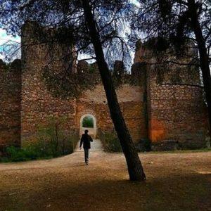 Uno de los pueblos más bonitos de España ? ? ? ?? Gracias @2mrs por tu preciosa foto y por etiquetarnos. Os invitamos a visitar su galería. ? ? ? ?? Síguenos y etiqueta tus fotos con el hashtag @MirAragon . . . · ? ? ? ?? Anento (Zaragoza) . . #anento #zaragoza #miraragon  #casabiescas #Aragón #aragon  #monument #castle #castillo #architecture #medieval #pueblobonito #montañas #naturaleza  #nature  #torre #tower #adventure #paisajesdearagon #hiking #tourism #travel #viaje  #vistas #landscape #España #spain #trekking #senderismo