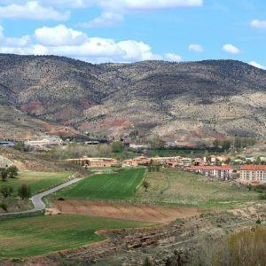 No creas que estas en el camino correcto solo porque es un camino transitado... ? ? ? ?? Gracias @carmenrz90  por tus preciosas fotos y por etiquetarnos. Os invitamos a visitar su galería. ? ? ? ?? Síguenos y etiqueta tus fotos con el hashtag @MirAragon . . . · ? ? ? ?? Aragòn ? ? ? #MirAragon #Aragón  #travel #paisaje  #viajar  #España  #architecture #TurismoAragon  #casabiescas #aragontureino  #aragon #spain #photo #somosaragón #wordl_nature #wordl_spain #asi_es_espana #asi_es_aragon #aragon #así_esmiplaneta #estaes_spain #espacio_spain #españagrafias #spain_photographs #tu_citylife #total_spain #tu_hdr #total_aragon #tour_españa  #naturegrafias #naturephotography