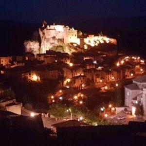 Noche mágica Alquezar. ??? ? ? ? ?? Gracias @iloarte  por tus preciosas fotos y por #repost . Os invitamos a visitar su galería. ? ? ? ?? Síguenos y etiqueta tus fotos con el hashtag @MirAragon . . . · ? ? ? ?? Aragòn ? ? ? #MirAragon #Aragón  #travel #paisaje  #viajar  #España  #architecture #TurismoAragon  #casabiescas #aragontureino  #aragon #spain #photo  #spain_photographs  #naturephotography #livestock #arcilla #historia #colores #colours #loscoloresdelamontaña #naturaleza #nature #paisaje #landscape  #pirineoaragones  #españa #estaesaragon #alquezar  #europe