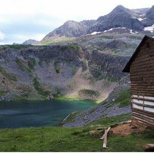 Ibón de Sabocos, Valle de Tena. ? ? ? ?? Gracias @mj.buil_22 por su preciosa foto y por etiquetarnos.  Os invitamos a visitar su galería. ? ? ? ?? Síguenos y etiqueta tus fotos con el hashtag @MirAragon . . . · ? ? ? ?? Panticosa (Huesca) ? ? #panticosa #aragon  #Huesca #miraragon  #Aragón  #España  #casabiescas #valledetena  #sky #verano #viaje #travel #trip #adventure #walk #visitspain #wanderlust #photography #hike #naturaleza #instagood  #nature #verano #mountains #tourism #turismo #senderismo #montaña #spain #capture