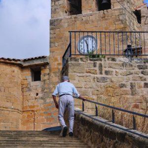 Escales amunt #Arens de Lledó ? ? ? ?? Gracias @barreromanuel por tus preciosas fotos y por etiquetarnos. Os invitamos a visitar su galería. ? ? ? ?? Síguenos y etiqueta tus fotos con el hashtag @MirAragon . . . · ? ? ? ?? Aragon ? ? ? #Aragón  #MirAragon  #casabiescas  #rural #montañas #naturaleza  #nature  #travel  #hike #capture #matarraña #teruel #teruelexiste #photography #photographer #photooftheday #photo #history #piedras #calle #descubra