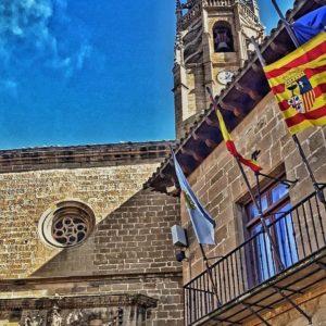 S A D A B A ? ? ? ??: Gracias @jose_de_bot por tus preciosas fotos y por #repost . Os invitamos a visitar su galería. ? ? ? ?? Síguenos y etiqueta tus fotos con el hashtag @MirAragon . . . · ? ? ? ?? Aragòn ? ? ? #Aragón  #MirAragon  #Huesca #Zaragoza #Teruel  #mountains  #naturaleza  #nature  #travel #autumn  #adventure  #casabiescas  #Instagood  #aragon #ruraltop  #spain  #sádaba  #comarcacincovillas  #ok_spain  #conociendoespaña #enfoque_spain  #lospueblosmasbonitosdeespaña  #pueblosdearagon #spaingraphers  #instantes_fotograficos  #pueblosconhistoria #pueblosconencanto #megustaesterincon #jose_de_bot