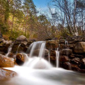 Sólo con ver esta imagen del barranco del Asieso ya sientes el relax... ? ? ?? Gracias @antercervantes por tus preciosas fotos y por este #repost Os invitamos a visitar su galería. ? ? ? ?? Síguenos y etiqueta tus fotos con el hashtag @MirAragon . . . · ? ? ? ? ?? Biescas (Huesca) ? ? ? #biescas #Aragón  #aragon #Huesca  #miraragon  #casabiescas #barrancodelasieso #view  #senderismo  #pyrenees  #mountains #pirineos  #pirineoaragones  #naturaleza  #nature  #travel #adventure #hike #capture #paisaje #trekking  #viajar #hiking  #trip  #España #sport #fall #otoño