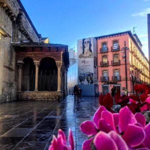 #Catedral ????de Jaca ? ? ? ??: Gracias @analoart por tus preciosas fotos y por #repost . Os invitamos a visitar su galería. ? ? ? ?? Síguenos y etiqueta tus fotos con el hashtag @MirAragon . . . · ? ? ? ?? Aragòn ? ? ? #Aragón  #MirAragon  #Huesca #Zaragoza #Teruel  #mountains  #naturaleza  #nature  #travel #autumn  #adventure  #casabiescas  #Instagood  #aragon #ruraltop  #spain  #ok_spain  #conociendoespaña  #pueblosdearagon #spaingraphers  #pueblosconhistoria #pueblosconencanto #megustaesterincon #aragonenabierto #aragonturismo #bnwsplash_spain #bnwsplash_perfection #bnwsplash_aragon