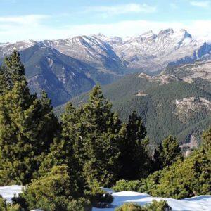 SELVA DE VILLANÚA Y VALLE DE CANFRANC | Villanúa ???????? ? ? ? ??: Gracias @jpirineos_blog por tus preciosas fotos y por #repost . Os invitamos a visitar su galería. ? ? ? ?? Síguenos y etiqueta tus fotos con el hashtag @MirAragon . . . · ? ? ? ?? Aragòn ? ? ? #Aragón  #MirAragon  #Huesca #Zaragoza #Teruel  #mountains  #naturaleza  #nature  #travel #autumn  #adventure  #casabiescas  #aragon #ruraltop  #naturephotography  #spain  #pirineos #pyrenees #españa #valledecanfranc #valledelaragon #villanua #montaña #bosque #paisaje #landscape #natural #ruta #paseo